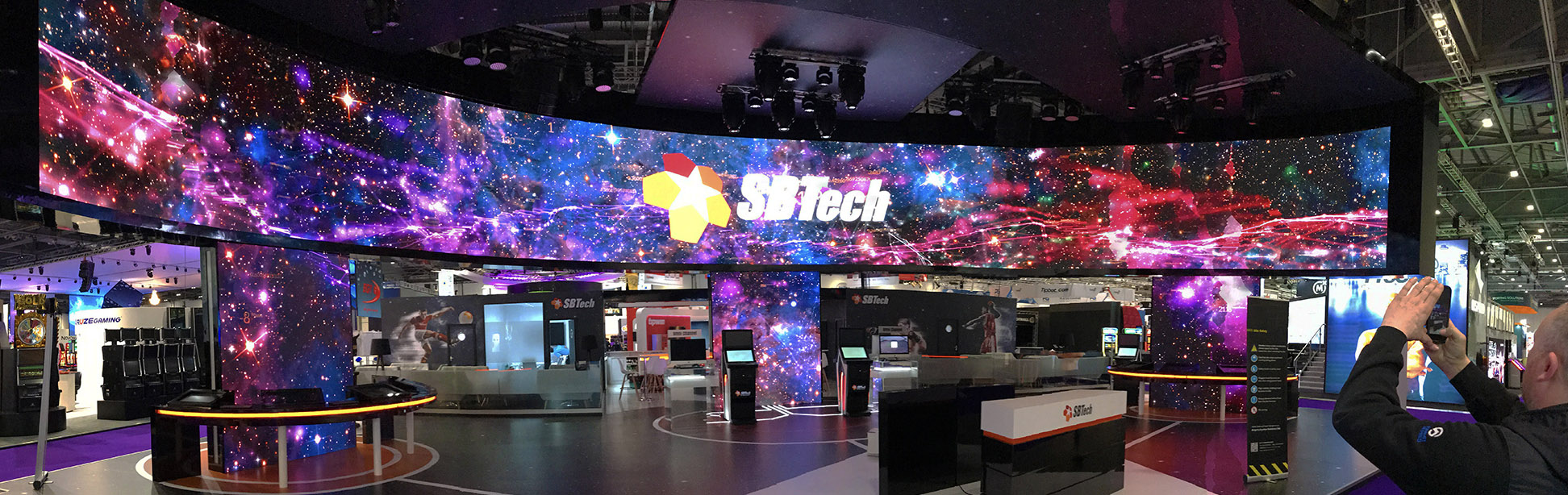 Exhibition Stand Hire York : Yslv led screen hire big event av